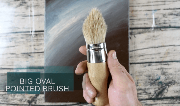 BIG OVAL POINTED BRUSH BY PETER DRANITSIN